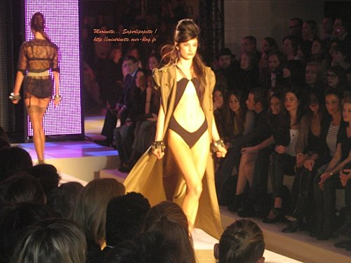 Defile etam lingerie 2010 13
