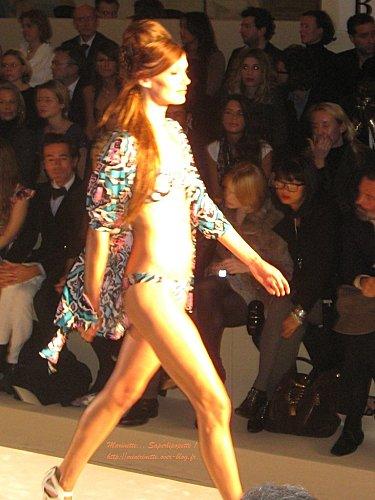 Defile etam lingerie 2010 24