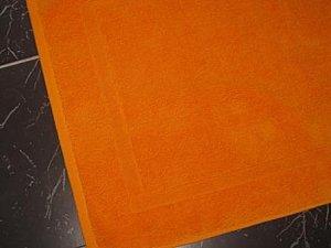 Tapis sdb orange