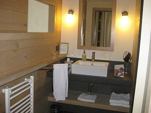Yves rocher hotel2