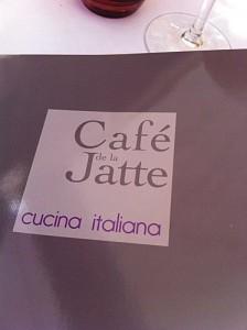 Et pourquoi pas aller Bruncher au Cafe de la Jatte ?