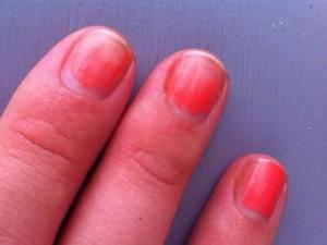 Revlon, le premier vernis à ongles qui fond au soleil !