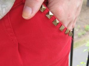 La petite jupe rouge...