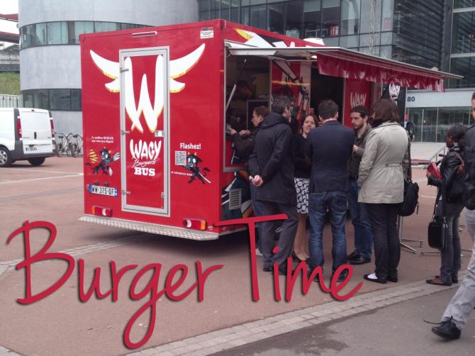 Wagy_burger_bus