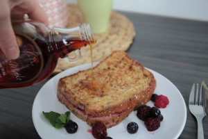 Pain perdu (ou pain dore) aux fruits rouges