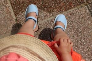 Dernier rayon de soleil au bout des pieds